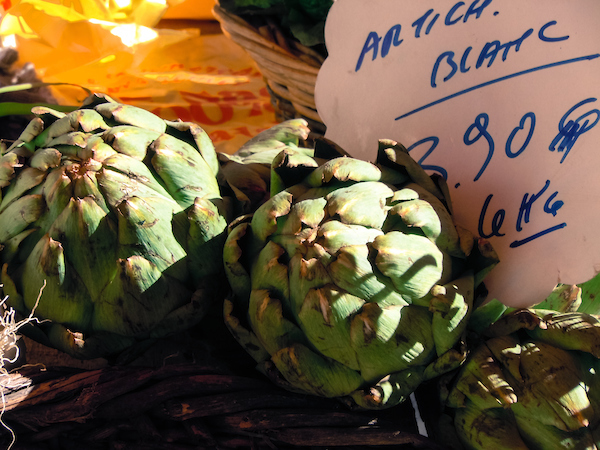 France_Food_Market_Artichokes.jpg