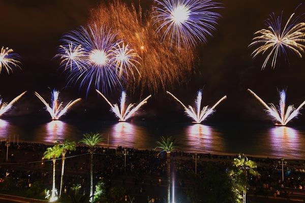 nice_fireworks_pebbles_j.kelagopian.jpg